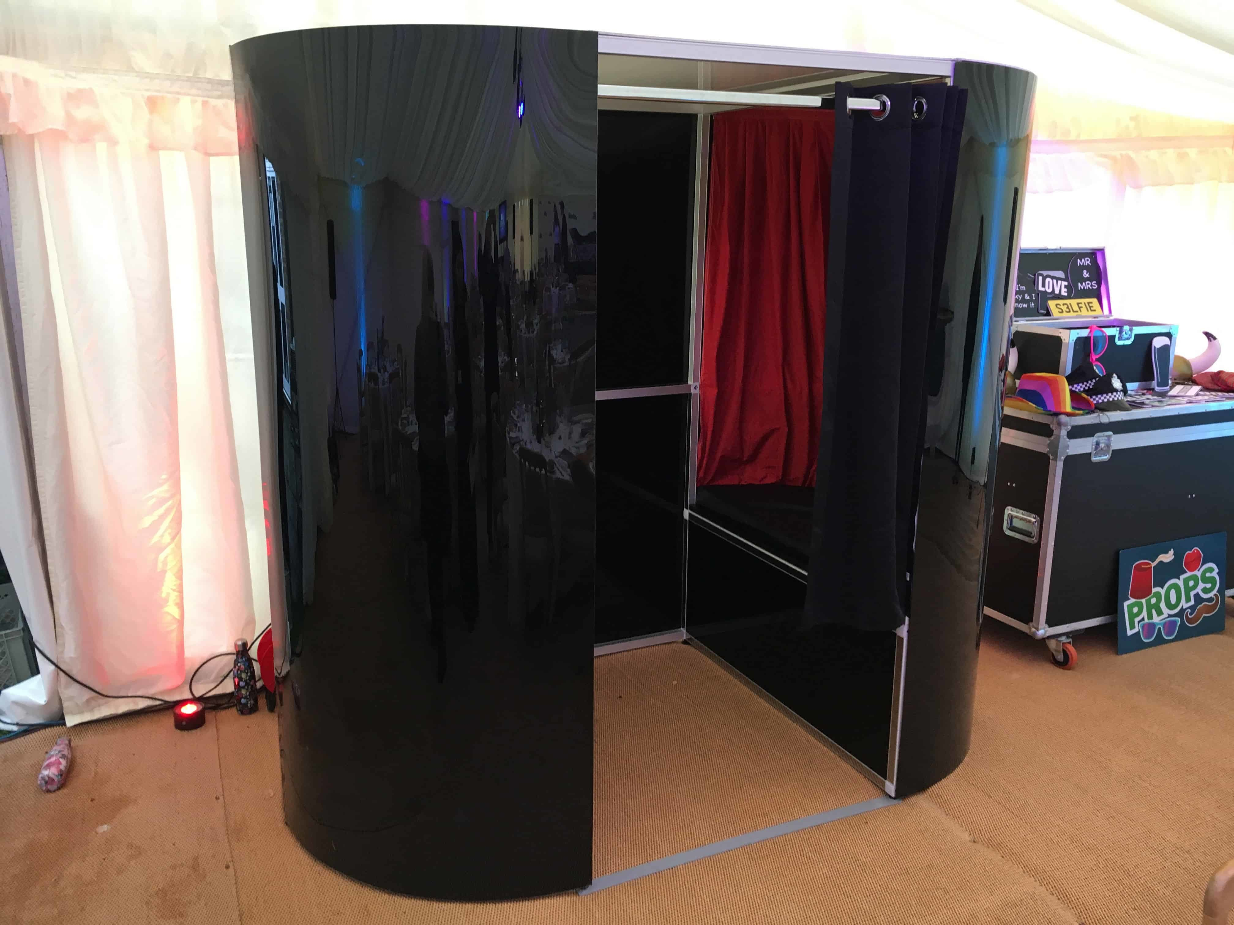 Classic Photo Booth Hire London | Kent | Surrey
